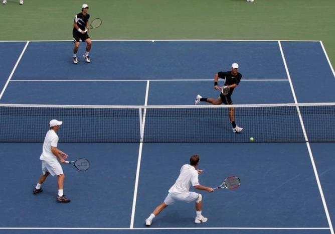 Los secretos para jugar un partido de tenis de dobles exitoso